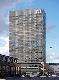 245px-SAS_Royal_Hotel,_Copenhagen,_1955-1960