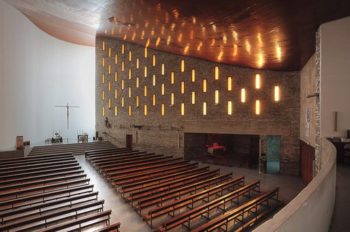 iglesia-coronacion-vitoria-350x232
