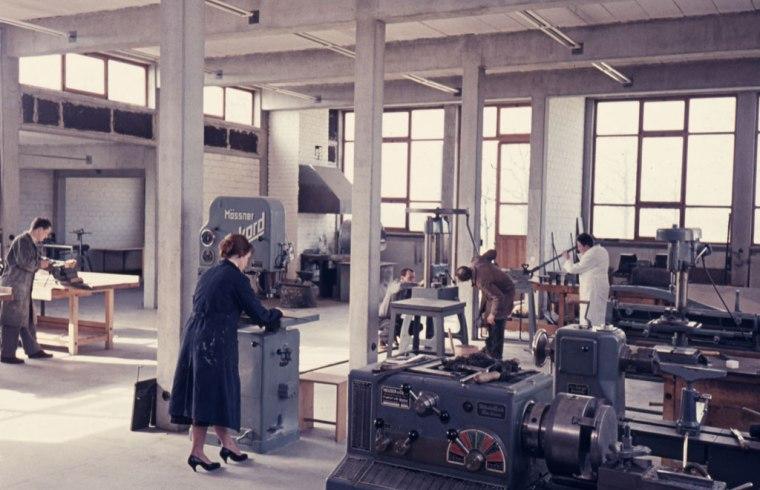 taller de metal, 1958