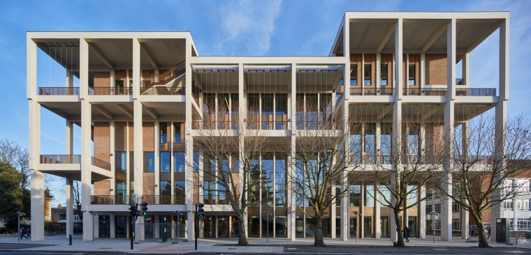 Kingston University Town House : Grafton Architects