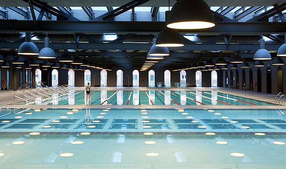 Piezas-especiales-piscina-exterior-Ditail-La-Alhondiga-Bilbao-Mosa